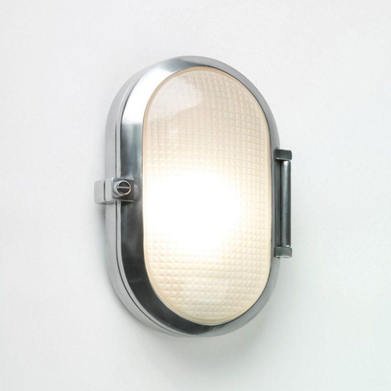 Oval Bulkhead Light Hinged