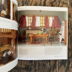 Dolls' Houses: from the V&A Museum of Childhood