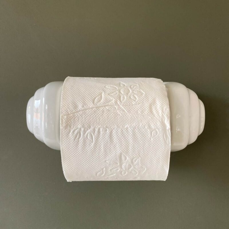 Loo Roll Holder Porcelain - Scallop